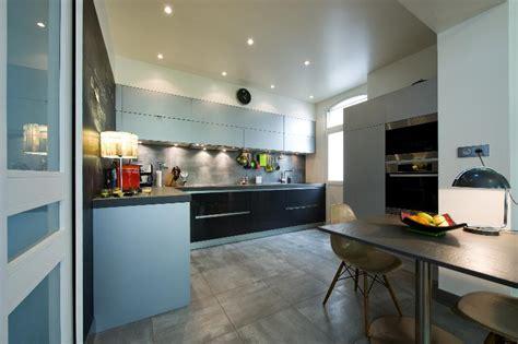 cuisine beige laqu cuisine laque meuble cuisine polymere ou laque
