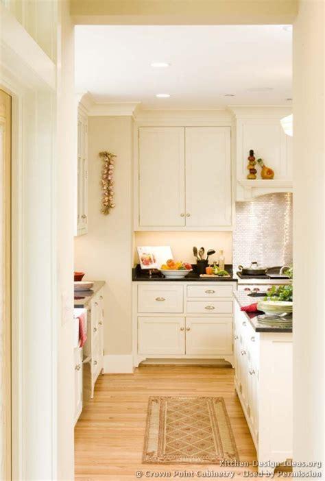 cottage kitchens photo gallery  design ideas