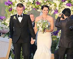 Nick Carter Cries At Wedding, No Family Member In ...
