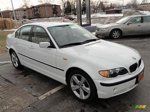 Alpine White 2005 Bmw 3 Series 330xi Sedan Exterior Photo