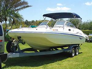 Hurricane Sun Deck 237 2004 For Sale For  3 550