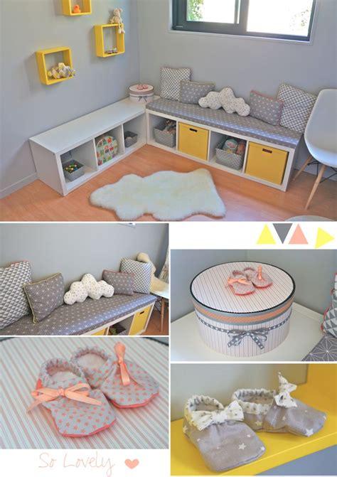 jeu de decoration de chambre nursery baby room in yellow grey coral chambre