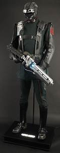 Full Hydra Soldier Display and Rifle | Prop Store ...