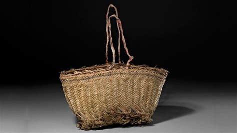 plaited basket  erub torres strait islands