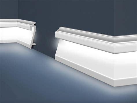 Sockelleisten Mit Led Beleuchtung by Sockel Lichtleiste F 252 R Indirekte Fu 223 Boden Beleuchtung