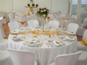 magasin deco mariage decoration mariage blanc et or decormariagetrnds