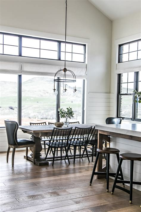 kitchen and dining accessories an amazing modern farmhouse a simple summer centerpiece 4997