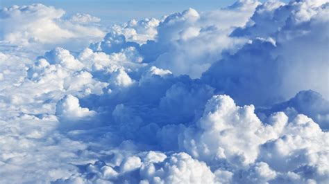 how much does a cloud weigh mental floss