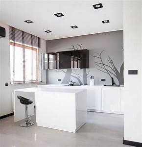 Weiße Hochglanz Küche Reinigen : farbgestaltung f r wei e k che 32 ideen f r wandfarbe ~ Markanthonyermac.com Haus und Dekorationen