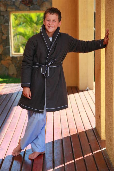 robe de chambre garcon polaire robe de chambre garcon anthracite etoile l 39 orangerie
