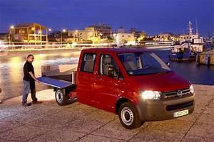 Volkswagen-Transporter-LWB Dual Cab Chas TDI 400 4Motion