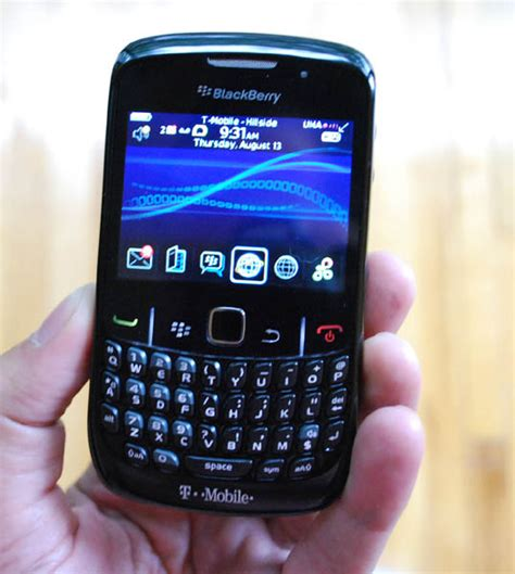 antigores blackberry 8520 blackberry curve 8520 one week later crackberry