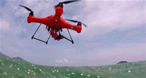splash drone  waterproof  drone