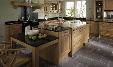 oak kitchen designs country kitchens luxury country kitchen designs 1141