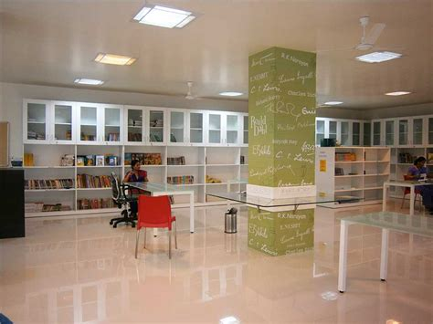 library parel jbcn international school