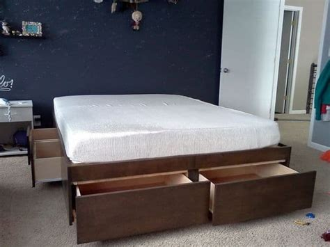 easy  build diy platform beds perfect   home