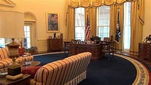 Bill Clinton U0026 39 S Oval Office