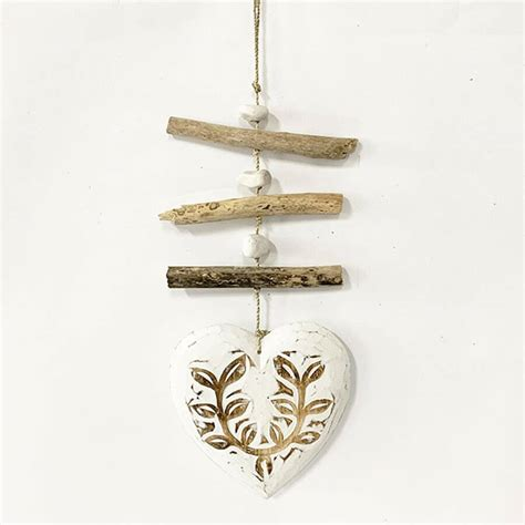 These gorgeous driftwood hearts are not mass produced in factories, each heart is lovingly hand made and every piece is an original with no two pieces being exactly the same. Wall Hanging Decor Driftwood Hanger With Large Floral ...