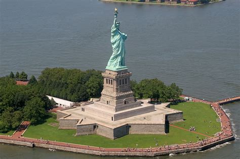Everyone Should Know These Statue Of Liberty Facts