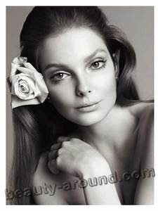 Top-17 Beautiful Hungarian Women. Photo Gallery