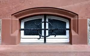 Gitter Für Kellerfenster : kellerfenster sichern 5 tipps f r die sicherung ~ Markanthonyermac.com Haus und Dekorationen