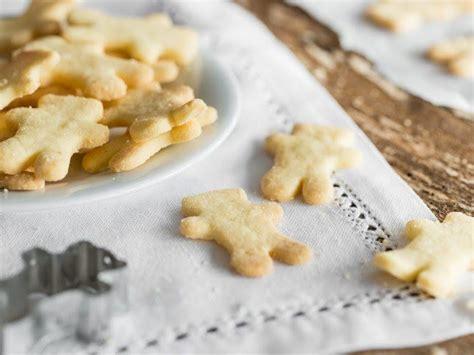 leichte weihnachtsplätzchen rezepte ausstecherle butterpl 228 tzchen mag backen