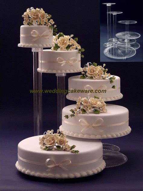 And Wedding Cake Fountain Stands Bridge