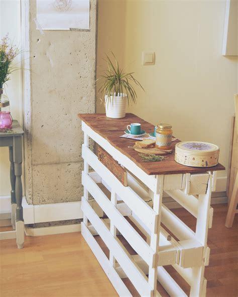 table de cuisine en palette tables dappoint diy pour votre cuisine inspirations avec