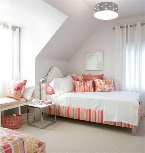 chambre bb fille schlafzimmer mit dachschräge schöne gestaltungsideen