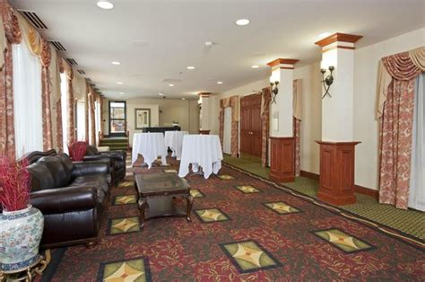 garden inn detroit garden inn detroit southfield updated 2018 prices
