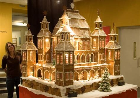 awesome gingerbread houses simply creative amazing gingerbread house