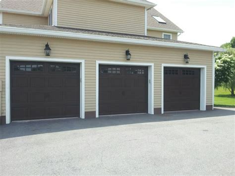 raynor garage doors showcase doors raynor ranch design garage door