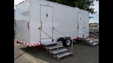 portable restrooms trailer portable restrooms  sale