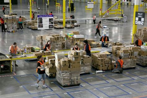 amazons  sorting centers aim    controlling