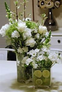 Idee Deco Avec Des Photos : compositions florales 77 id es pour la d co avec des fleurs ~ Zukunftsfamilie.com Idées de Décoration