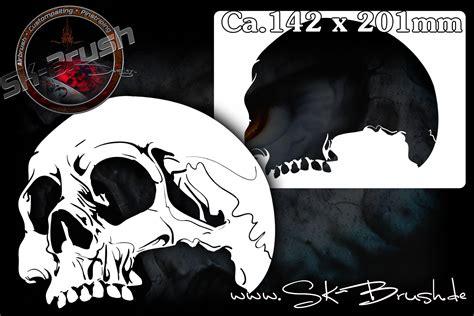 airbrush schablone fuer schaedel totenkoepfe skulls kopf