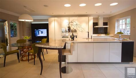 Siematic S2 & Andrew James Kitchen Exdisplay  Dream