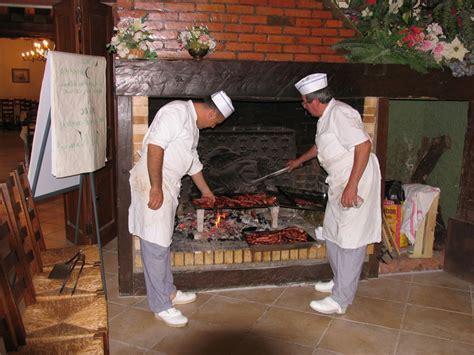 cuisine feu de bois cuisine au feu de bois apt wraste com