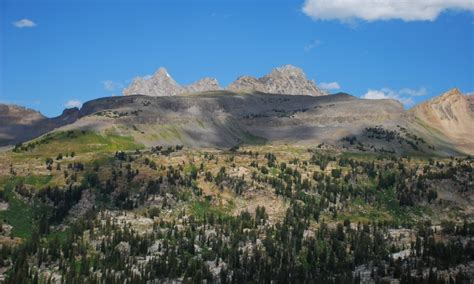 alta wyoming wy hotels lodging real estate info