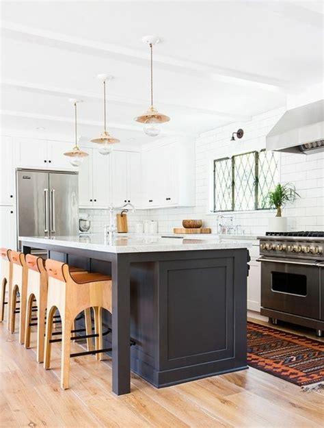 ilot cuisine sur roulettes la cuisine équipée avec îlot central 66 idées en photos
