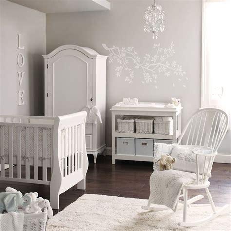 chambre bébé blanche et grise 6 idées pour transformer la chambre de bébé en un cocon