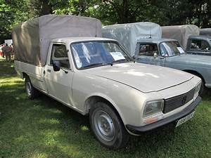 504 Peugeot Pick Up : file peugeot 504 wikimedia commons ~ Medecine-chirurgie-esthetiques.com Avis de Voitures