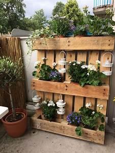 Paletten Möbel Garten : m chtest du deinen garten etwas versch nern vielleicht sind diese 9 paletten garten ideen wohl ~ Markanthonyermac.com Haus und Dekorationen
