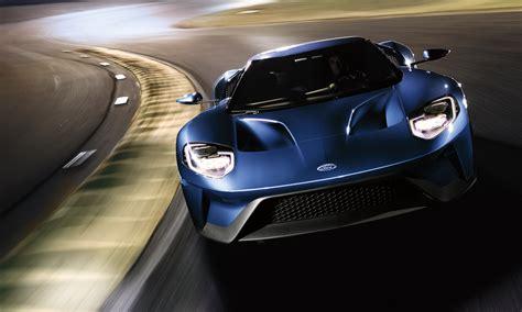656 Cv E 347 Km/h Per La Supercar Dell'ovale Blu