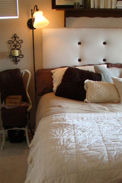 bed lamps wall mounted  places  install warisan