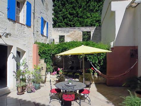 chambres d hotes avignon centre ville vente maison en pierres chambres d 39 hôtes avignon centre