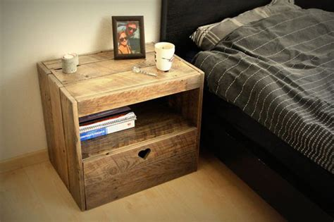 Cheap Nightstand Ideas by Cheap Diy Nightstands Diy Projects Craft Ideas How To