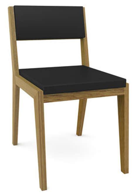 la chaise qui fait peur décoration pour un jardin qui donne la chair de