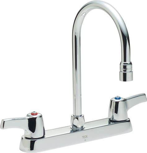delta lahara faucet aerator faucet 26c3933 in chrome by delta