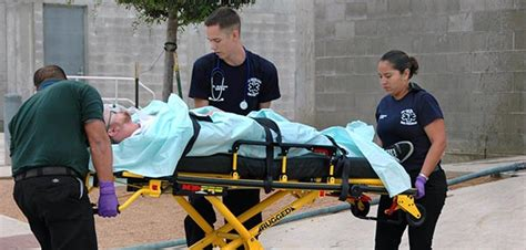 paramedic science foundation degree del mar college emergency medical technician